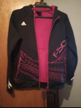 chaquetas Nike y Adidas