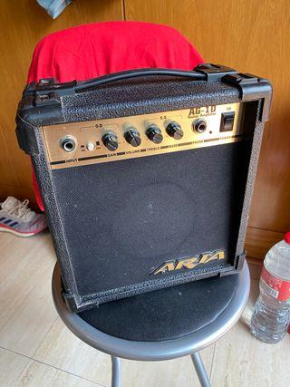 Amplificador De Guitarra Aria