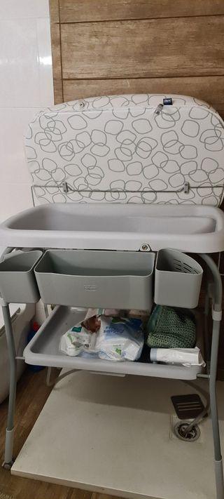 mueble cambiador y bañera de bebé