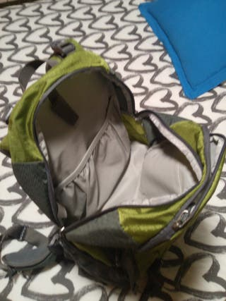mochila fotográfica de montaña