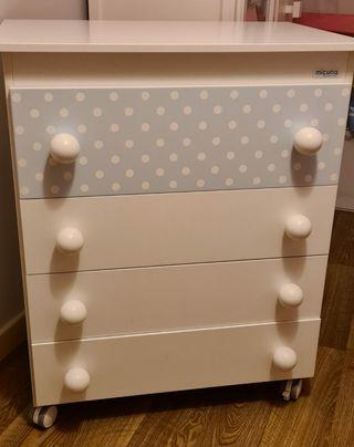 Mueble para dormitorio de bebé