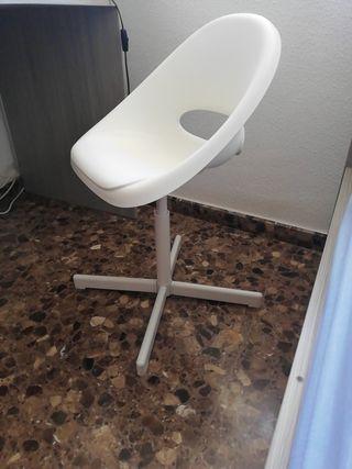 silla ikea plástico y hierro. regulable altura
