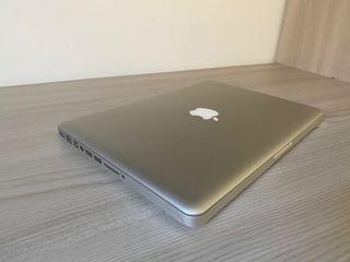 """Macbook Pro 13"""" i5 8gb 1Tb ssd"""