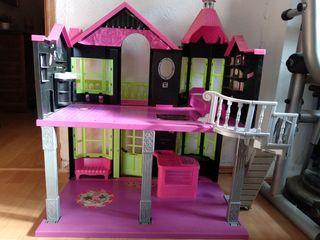 casa grande muñecas Monster High