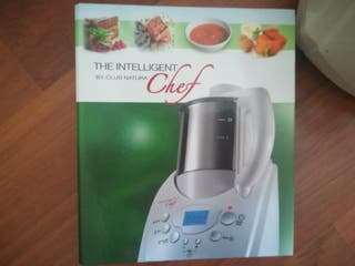 Robot cocina natural. caliente y en frío. Tritura