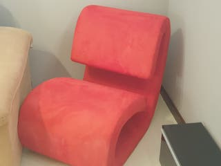 sillón rojo de diseño
