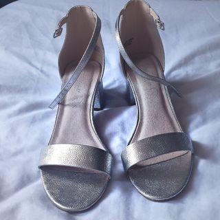 sandalias plata talla 40 nuevas