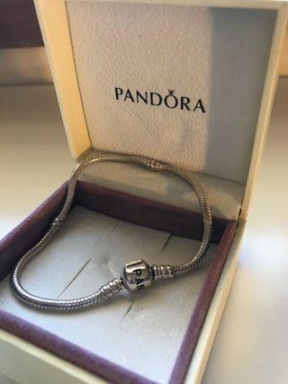 Pulsera de plata Pandora - 20 cm.