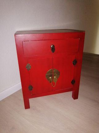 mueble auxiliar estilo oriental.