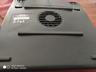 Soporte de portátil con ventilador