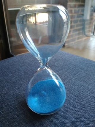 Reloj de arena de cristal