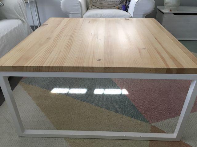 Mesa de centro elevable artesanal