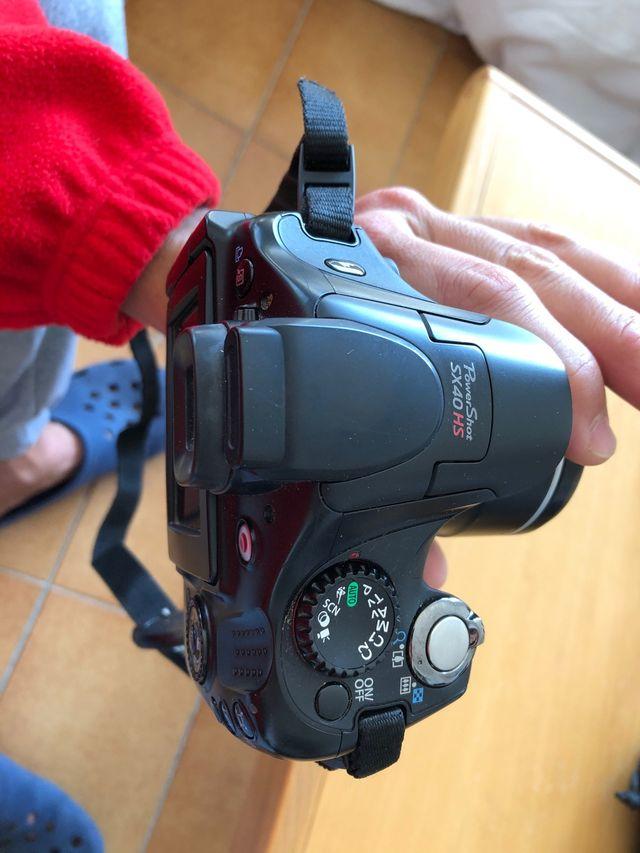 Camara de foto i video Canon Power Shot SX40HS