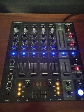 Mesa de mezclas DJX 750 Behringer