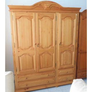 Armario grande madera 3 puertas