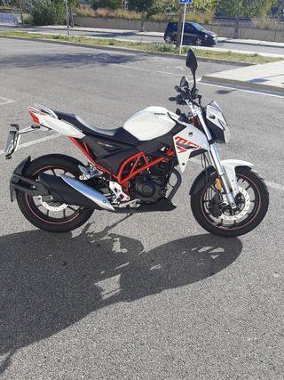 Moto naked 125cc Macbor