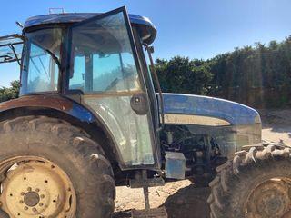 Tractor en venta new Holland te 95