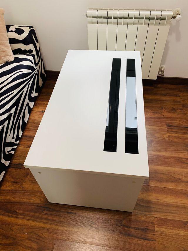 Preciosa Mesa moderna y elevable !!