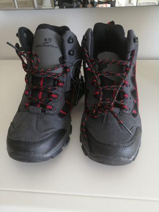 bota y zapatos montaña num 39