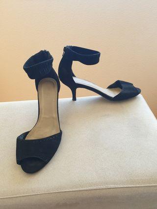 Sandalias de tacon negra 41
