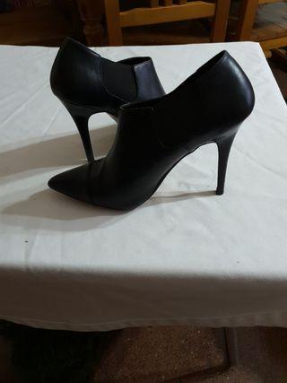 zapatos de tacon casi nueva