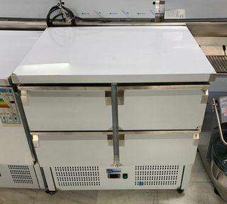 mesa de refrigeracion de preparacion 4 puertas