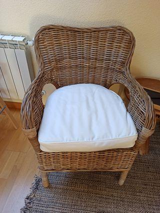sillón mimbre ikea + cojin