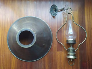 Lámpara antigua de techo estilo náutico