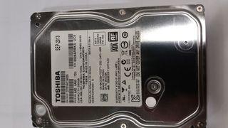 Disco duro 250 GB.