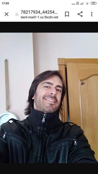 GUITARRA ELÉCTRICA Y CLÁSICA (CLASES INDIVIDUALES)