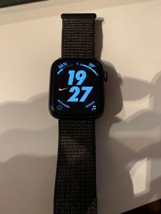 Apple Watch 5 LTE 44