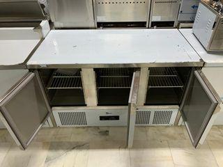 mesa refrigeracion de preparacion 3 puertas