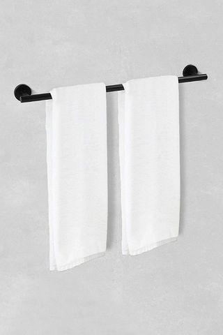 Conjunto toallero y cuelga toallas moderno negro