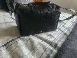 bolso negro Adolf Domínguez