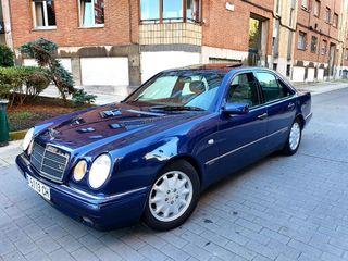 Mercedes-Benz Clase E 320 v6 elegance de 224 cv.