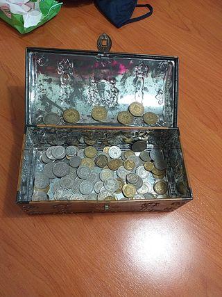 lote monedas cofre de lata