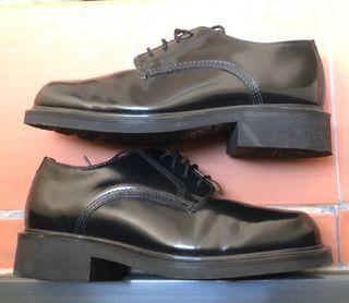 Calzado Dr Martens talla 41 originales