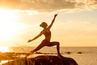 clases de yoga, masages y hipnoterapeuta