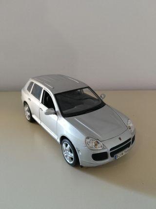 Coche Porsche Cayenne Miniatura