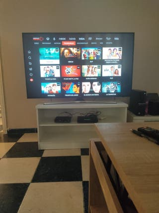 "TV ""55"" UHD+ HDR SMART TV 4K"