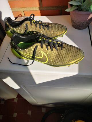 botas de futbol gama alta nike magista opus 45