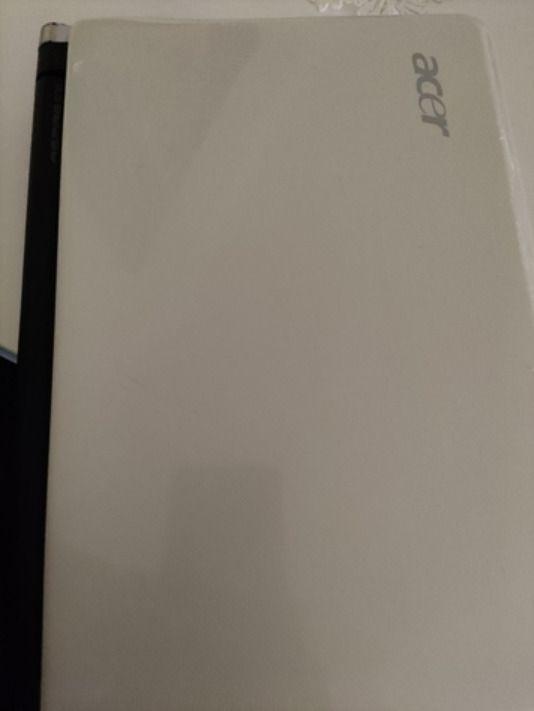 Acer Aspire One KAV 10 con windows xp