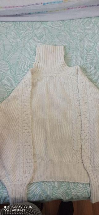 Jersey cuello cisne blanco