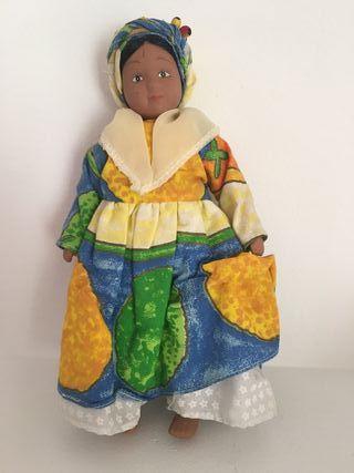 Muñeca de porcelana Martinica