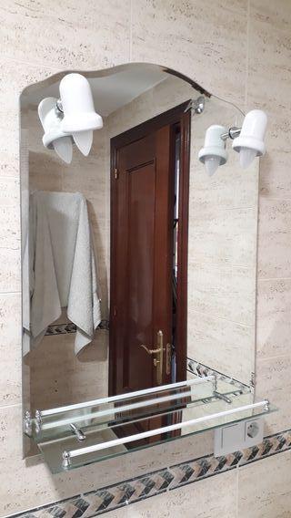 espejo baño con apliques