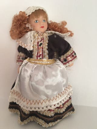 Muñeca de porcelana Francia