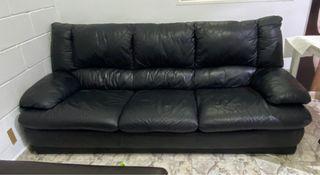 Vendo sofá de piel Negro