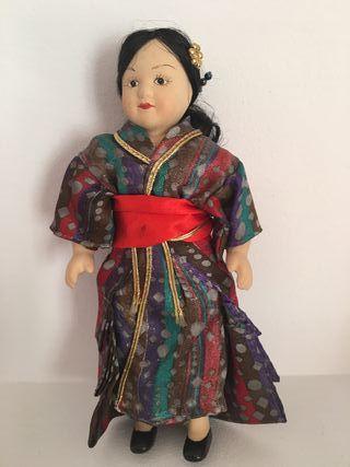 Muñeca de porcelana Japón