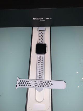 Apple watch sèrie 3 nike