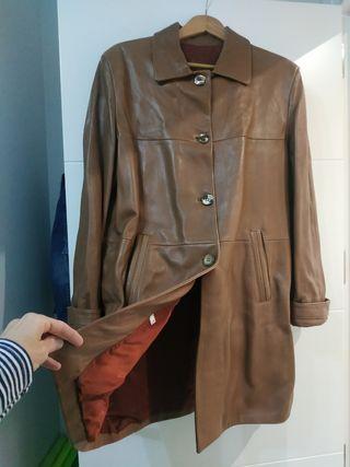 Abrigo chaquetón en piel para mujer